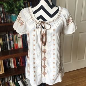 Lucky Brand Embroidered Boho Peasant Top